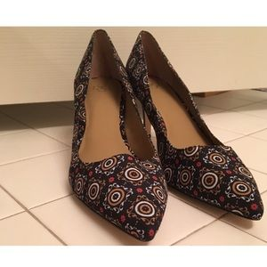 Ann Taylor Patterned Heels